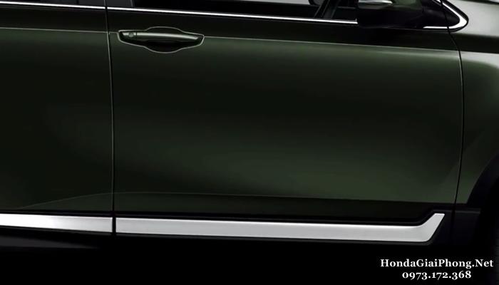 B10 ngoai that xe honda crv 7 cho 1 5 turbo viet nam tay nam cua nep trang tri chrome