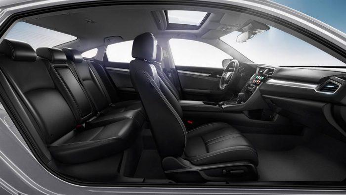 ben trong xe Civic 2017